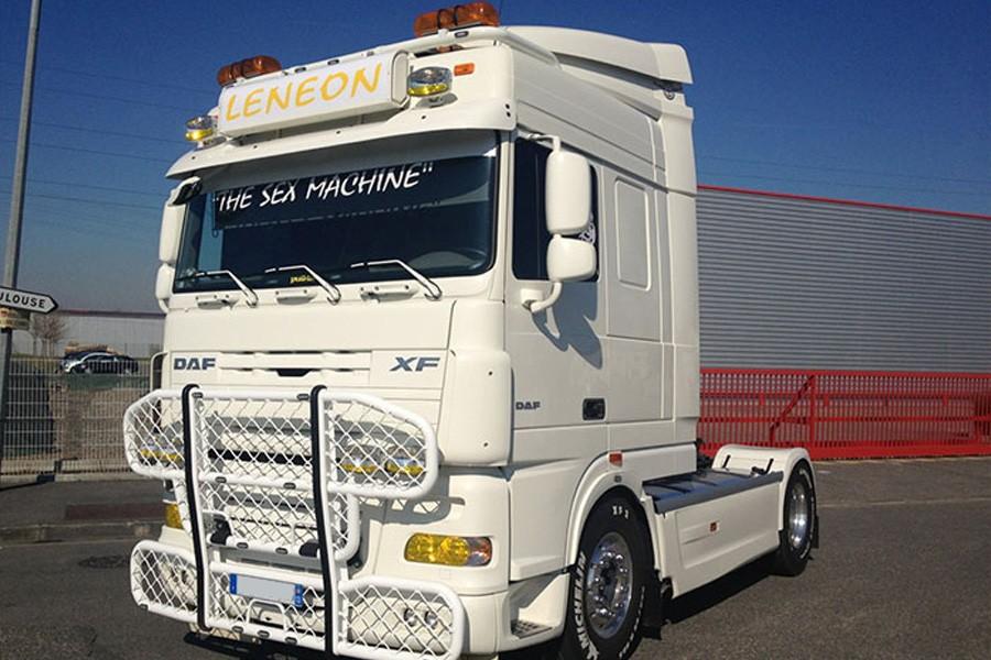 AeroSignLED® - monteret på en DAF lastbil
