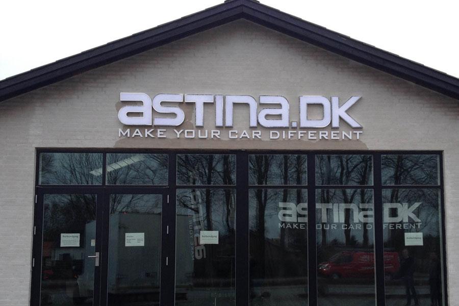 Astina - 3D bogstaver i rustfri stål