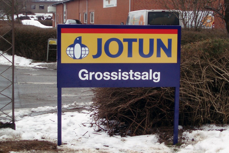 Skilt på ben - Jotun