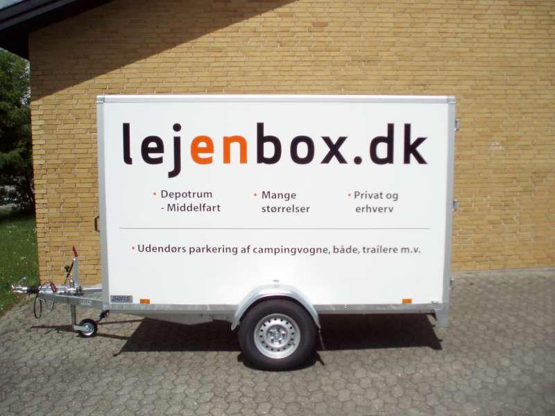Reklametekst på Lej en box trailer