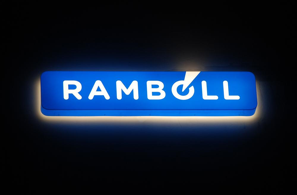 Lysskilt i gennemlyselig akryl - Rambøll