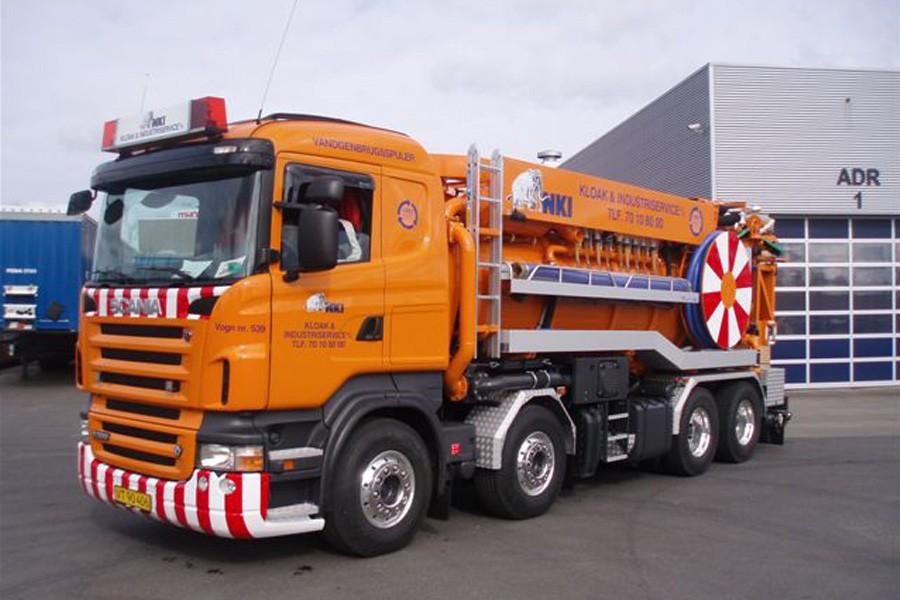 SignalSignLED® - lygtebro med rotorblink på Scania