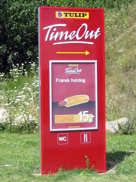 TimeOut pylon med udskiftelig plakat