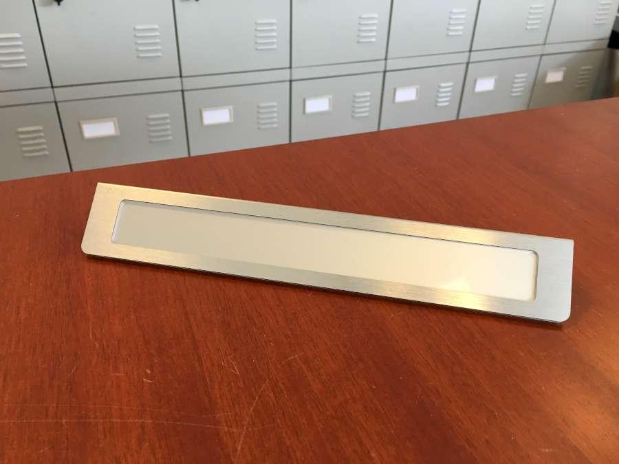 Prestige V Bordskilt RF stål look (Aluminium)