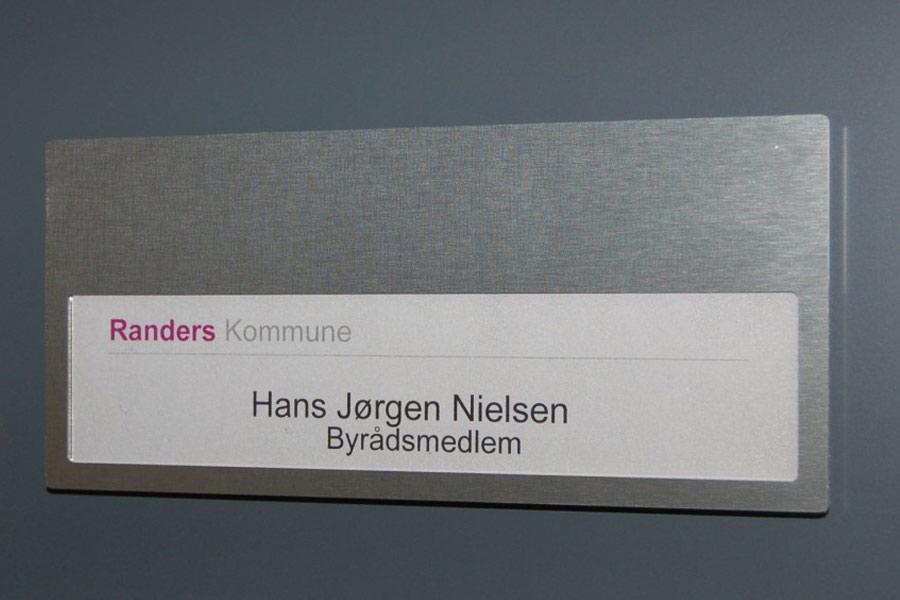 Skiltesystem Prestige - Dør-/vægskilt i børstet aluminium