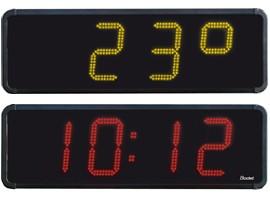 Lysskilt med digitalt ur og termometer