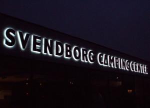Bogstaver med LED lys til facader